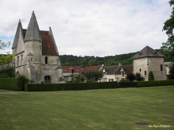 Album - 10.Monuments &amp&#x3B; Chateaux