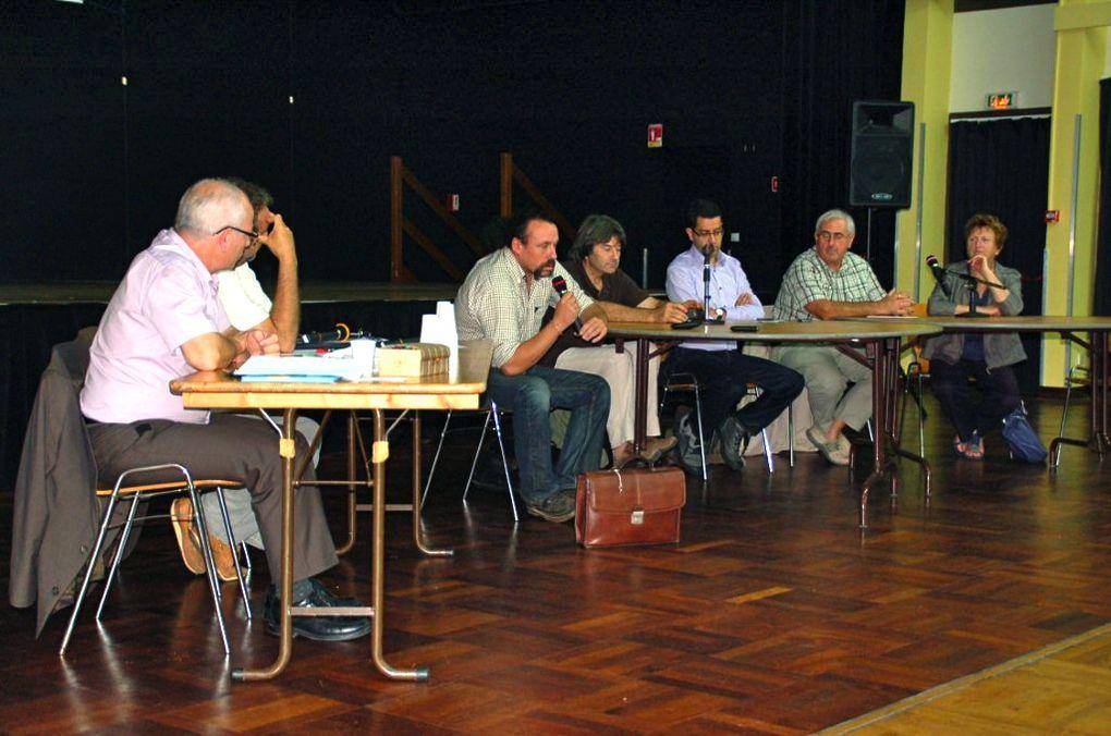"""Forum """"l'eau à quel prix ? organisé par CEP 17 à Périgny le 19/09/2011"""