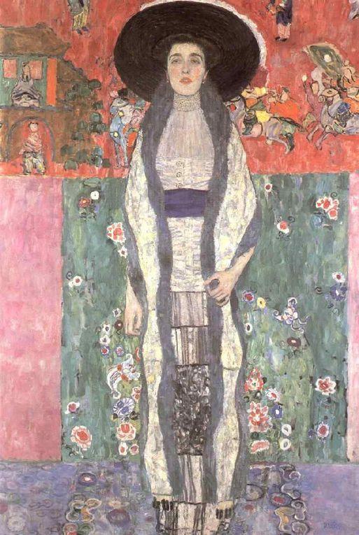 Gustav Klimt se libère progressivement des règles académiques et, inspiré des Arts de Ravenne, des estampes japonaises et du symbolisme, Klimt devient chef de file de la 'Sécession viennoise'