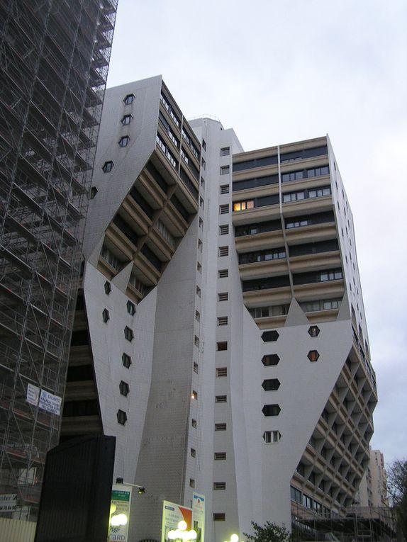 24 et 25 novembre 2009 Paris-Bourg-en-Bresse remise prix La Recherche 6e édition à la cité des sciences et de l'industrie le 24 novembre 2009 et images promenades parisiennes.