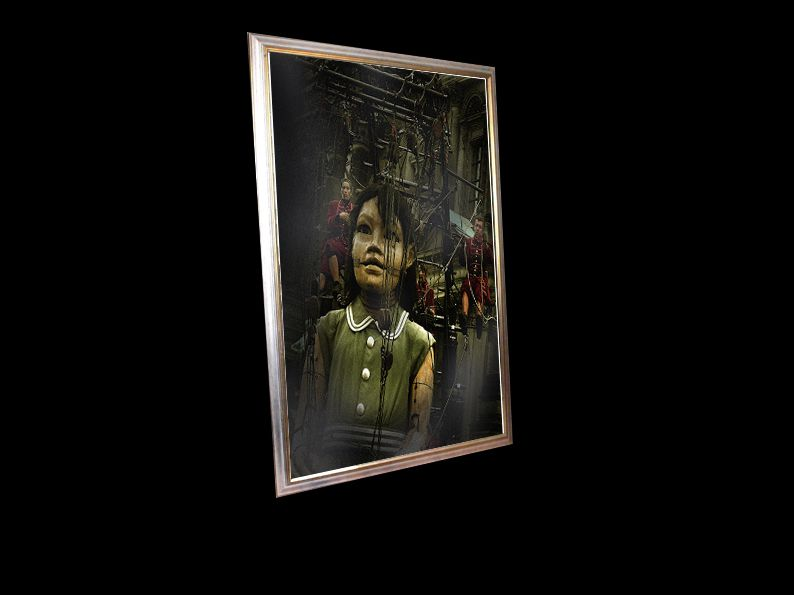 These framed pictures are for sale. Ces tableaux sont a vendre.