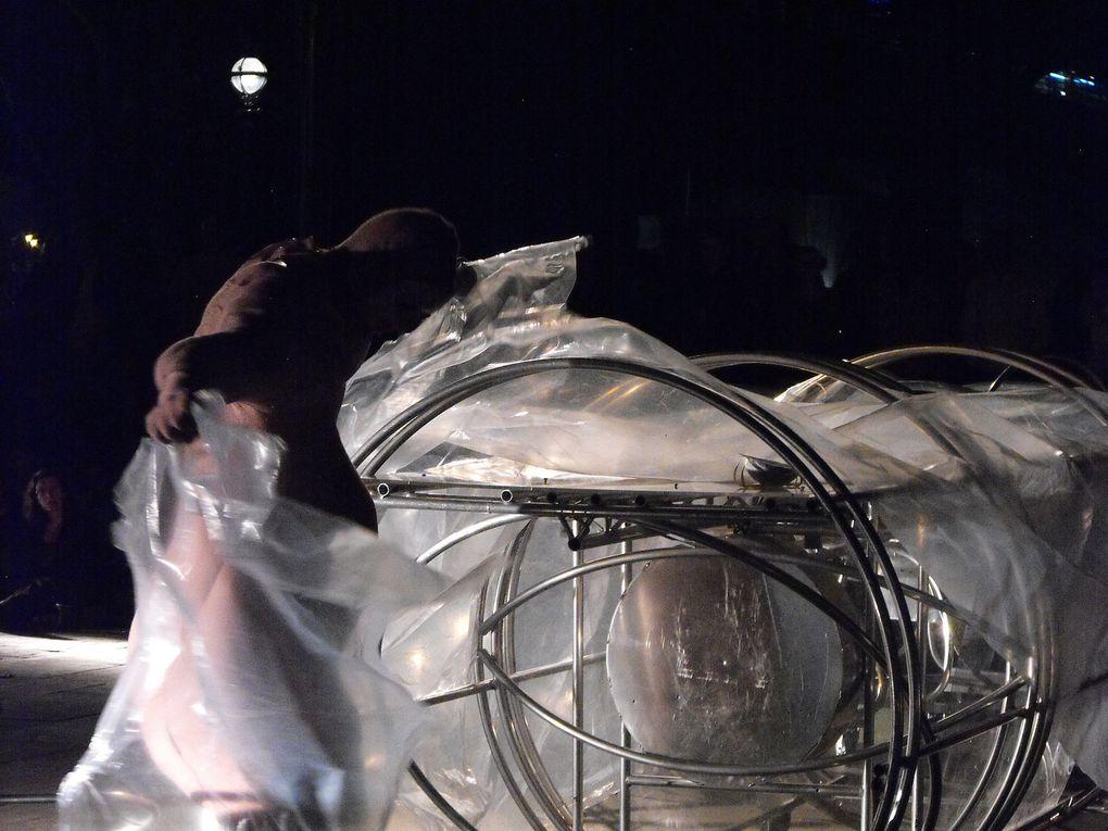 Album - Teatro-Biuro-Podrozy Planete Lem