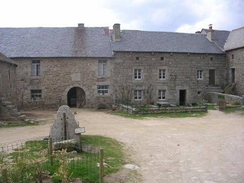 Album - De-Saugues-au-domaine-du-Sauvage