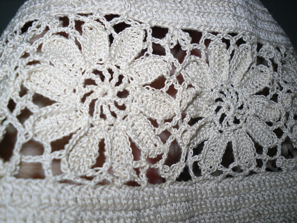 cartonnages , broderies, crochet.....