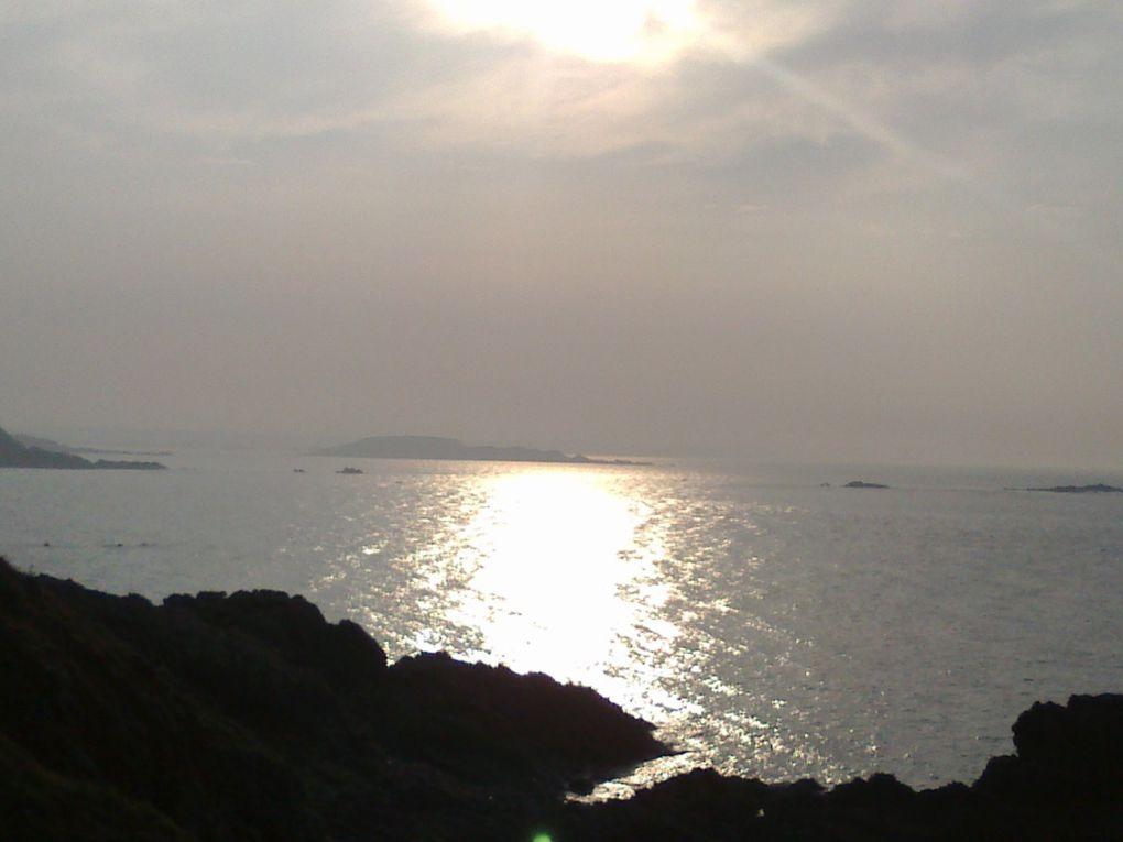 Côte d'émeraude en toutes saisons et quelques images de la côte de granit rose.
