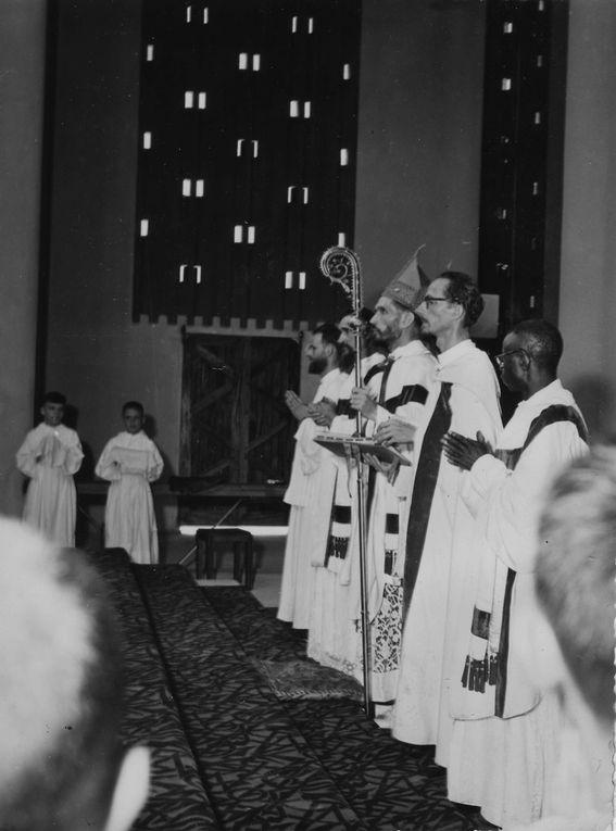 Mission catholique, Cathédrale Notre-Dame, Activités portuaires, voyage en bateau pour Pointe-Noire, portraits de congolais (merci Françoise !)... et quelques rares photos en couleur (merci Gilles !)