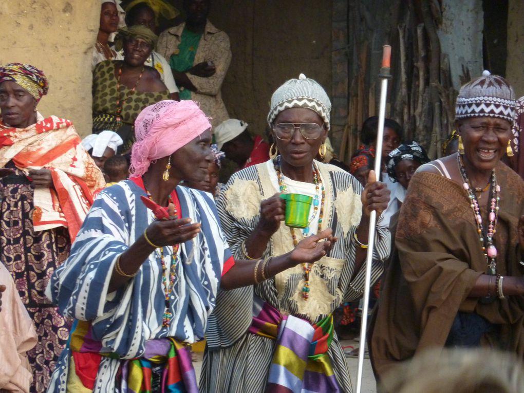 Il s'agit de la fête de la circoncision des Diolas qui a lieu tous les 25 ans.