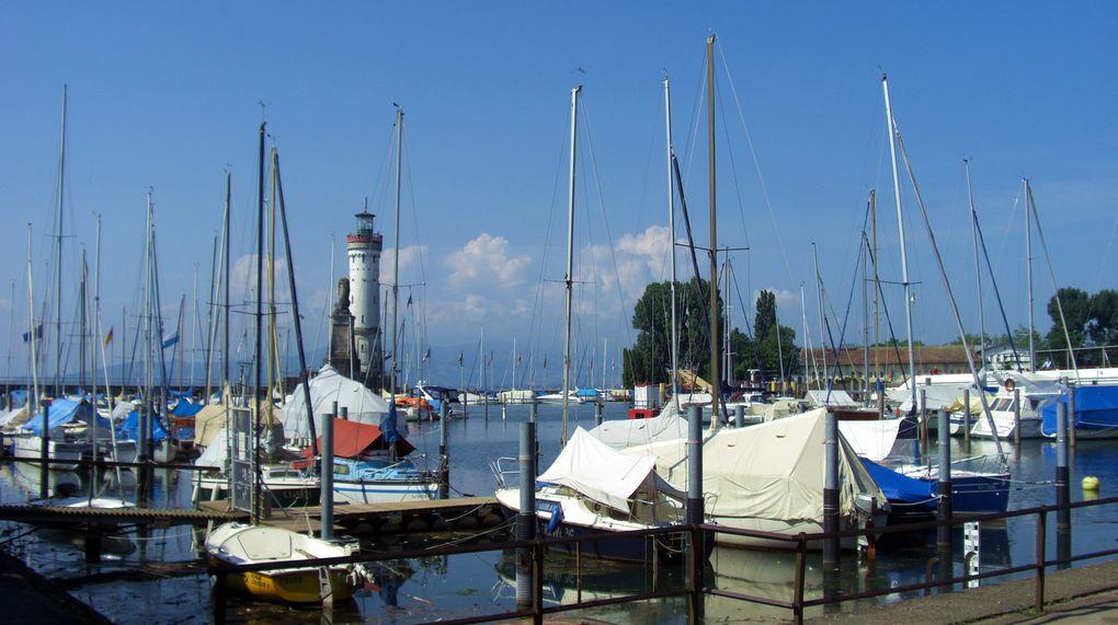 Lindau-Insel au bord du lac de Constance ou Bodensee, à la rencontre des frontières allemande, autrichienne et suisse.