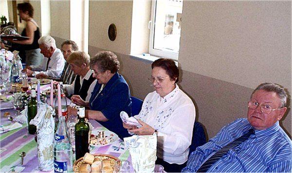 Rencontre annuelle des anciens de la commune de Hestroff au Vieux lavoir. An 2004