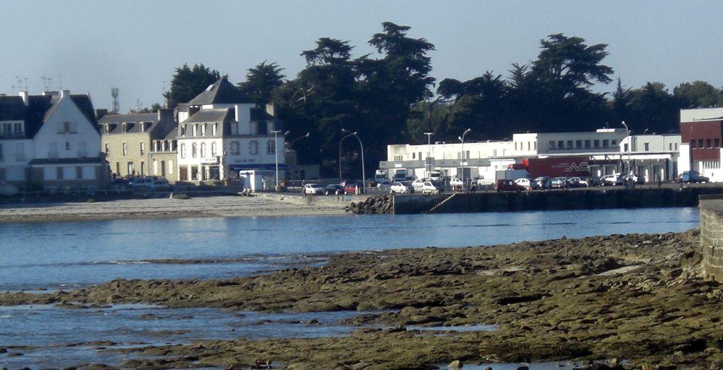 Face à Loctudy la presqu'île de l'Île-Tuddy.