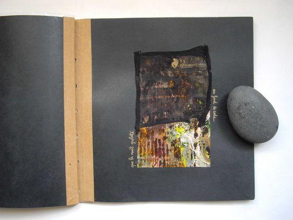 2001Livre d'artiste sur des vers de Tristan Tzaradimensions : 25cm / 25cm