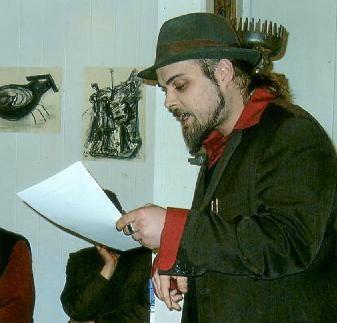 Poet, Künstler, Kabarettist, Dramatiker, Performer, Kolumnist, Radiomoderator, Schauspieler, Schreiber.