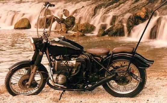 Bikes, Babes, Tattoos and Rock'n'Roll ... Enjoy !
