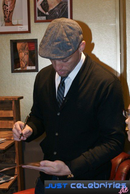 Album - 2011-01-20 Ami James Autogrammstunde