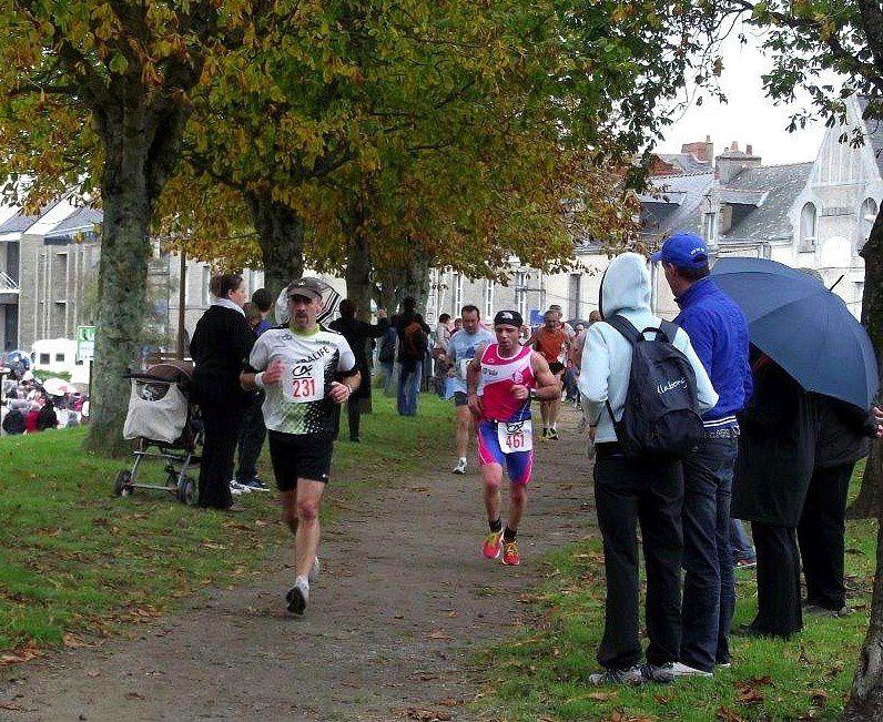 Le Running club croisicais à la Corrida de Guérande du 3 novembre 2013.