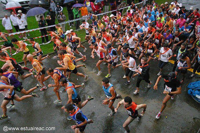 Ekiden de St Nazaire le 11 septembre 2011. Deux équipes du running participent. Bravo à Alexandre et David pour leur première course !