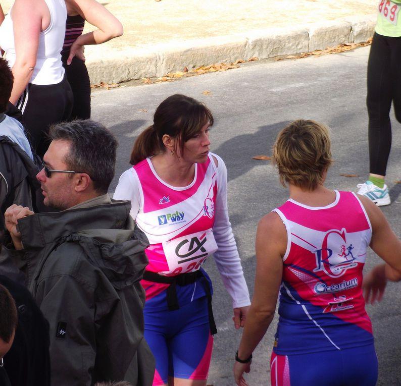 La version féminine de la Corrida de Guérande le 7 novembre 2010.Trois représentes du R2C y ont participé.