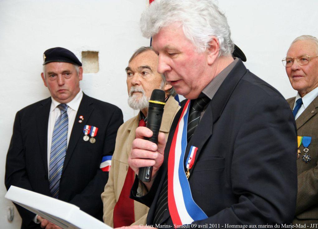 Samedi 09 avril 2011-Cérémonie en hommage aux marins du dragueur Marie-Mad, disparu dans le golfe d'Ajaccio le 23 novembre 1943