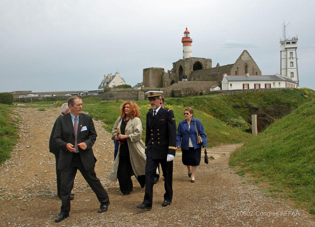 2 juin 2012-à l'occasion du congrès des Anciens des Forces Françaises en Allemagne et en Autriche (AFFAA), dépôt de gerbes et moment de recueillement au Mémorial national des marins morts pour la France de la Pointe Saint Mathieu.