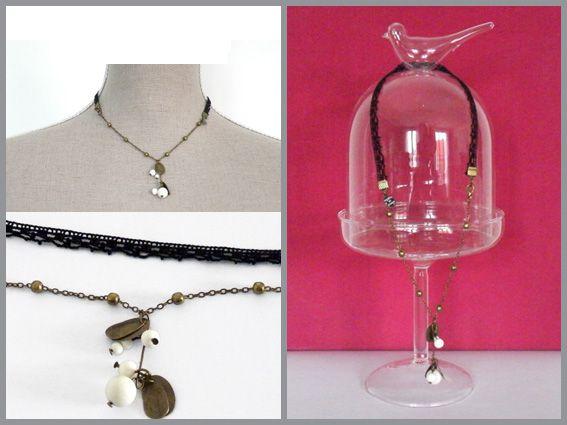 Bijoux faits main.Apprêt en métal bronze, dentelle en crochet, perles en verre tchèque.