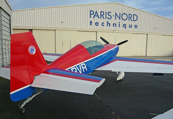 Avion de Voltige Extra 200 du club Paris Nord