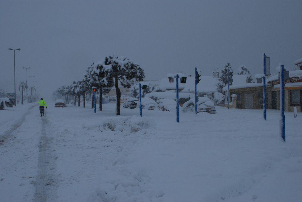 Quelques images de la journée où la neige est venue nous rencontrer
