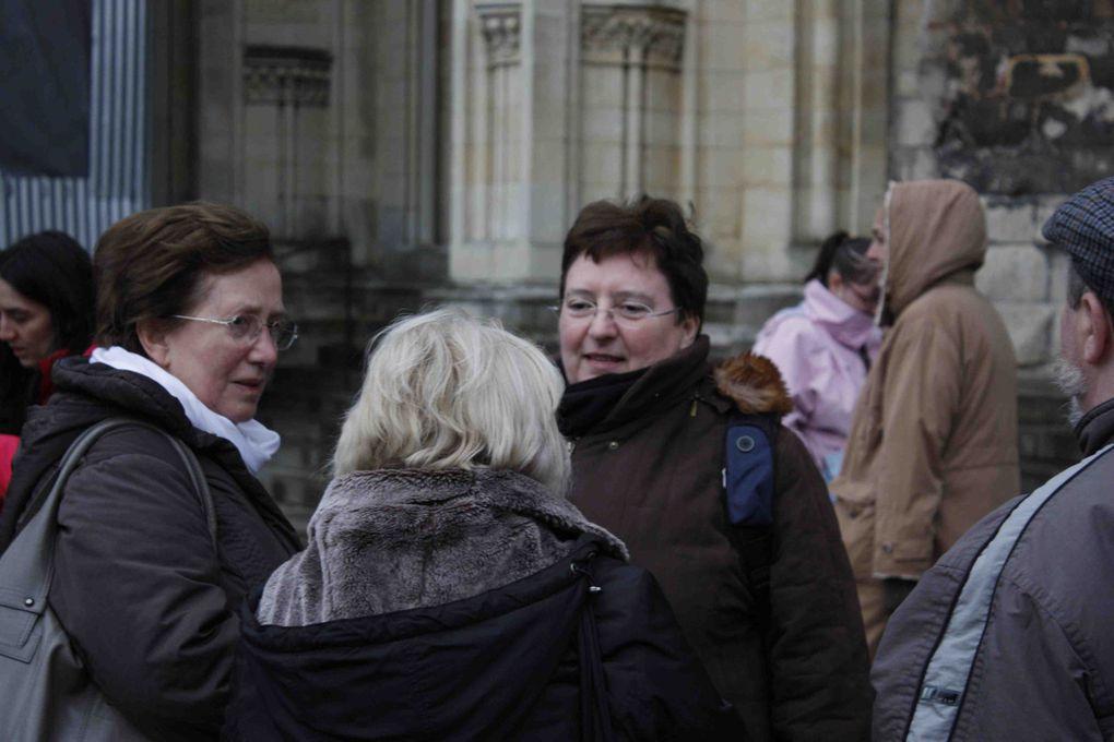 Photos prises lors de notre pèlerinage à Lisieux les 20 et 21 mars 2010, par Marcel Dricot, Paul Graitson, Troncon, Elisa Di Pietro