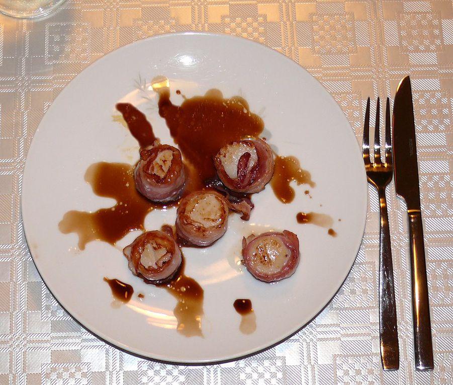 Hier ein paar Bilder von meinen selbst hergestellten Speisen, Getränke und eingemachten Köstlichkeiten.
