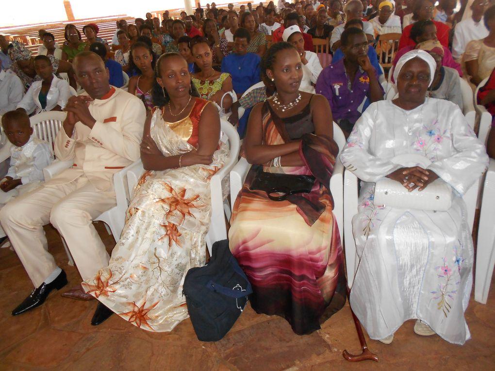 Ces photos montrent le deroulement de la celebration de la cloture de la neuvaine de Pentecote 2013.