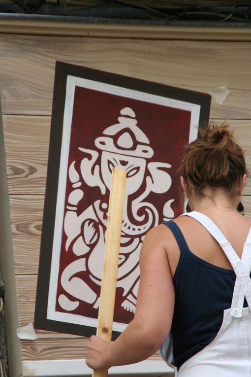 """Diaporama de la réalisation de l'enseigne peinte de la boutique """"Kickapoos"""" à Parthenay"""