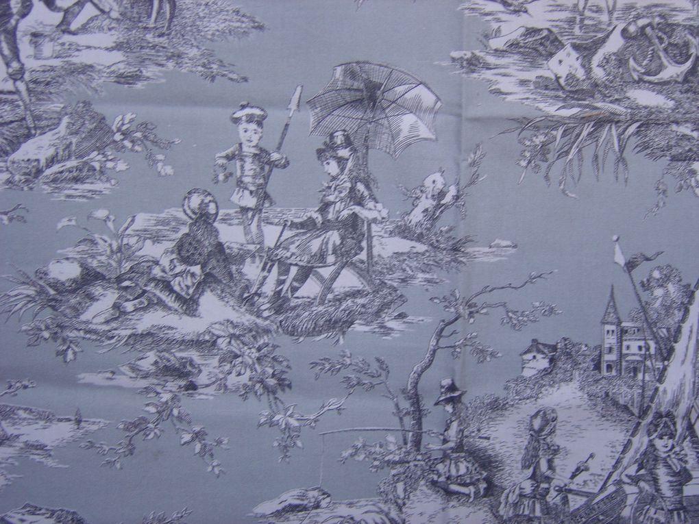 La toile de Jouy sous toutes ses formes, couleurs, tissu, papier...