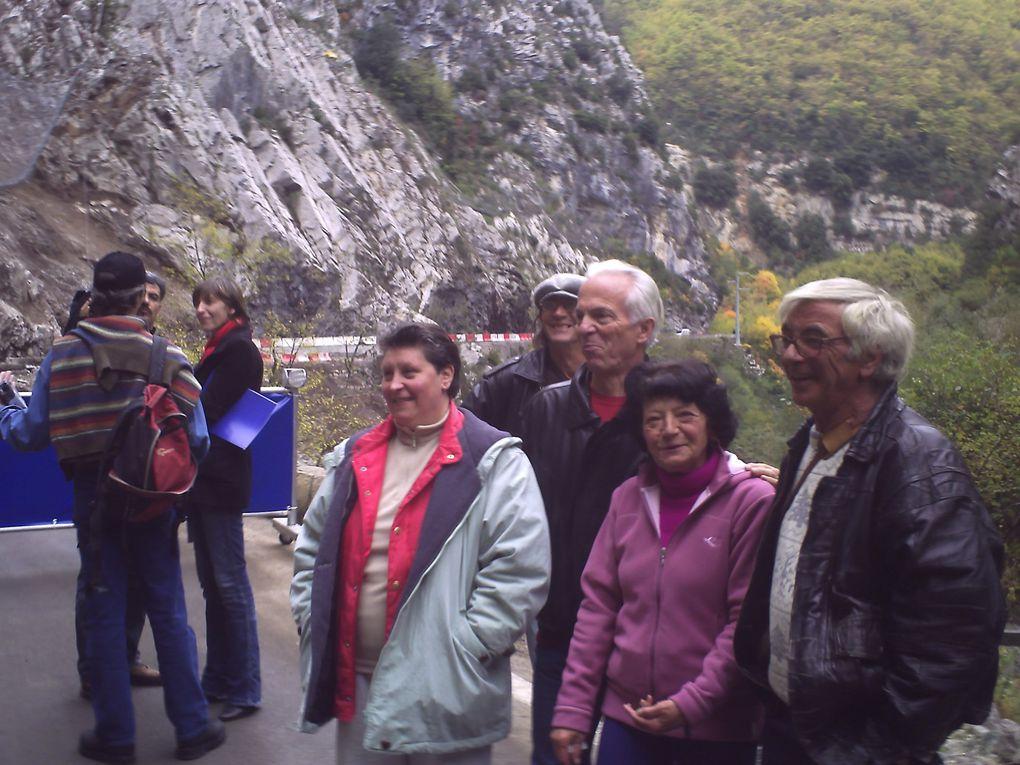 La grande Famille Moulinoise réunie pour l'ouverture de la route MOULINET SOSPEL