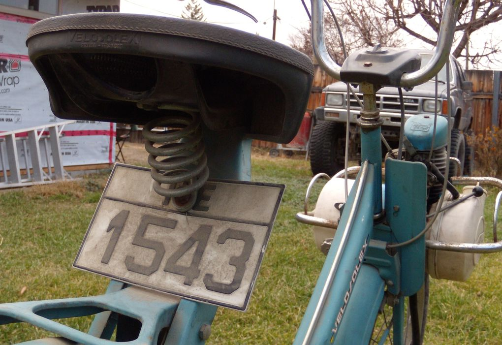 Alan's 1977 Greek version Velosolex Solex 4600 V1, now in Canada.