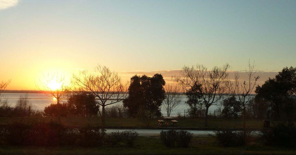 Des couchers de soleil, encore et toujours ... provenant de tout horizon !