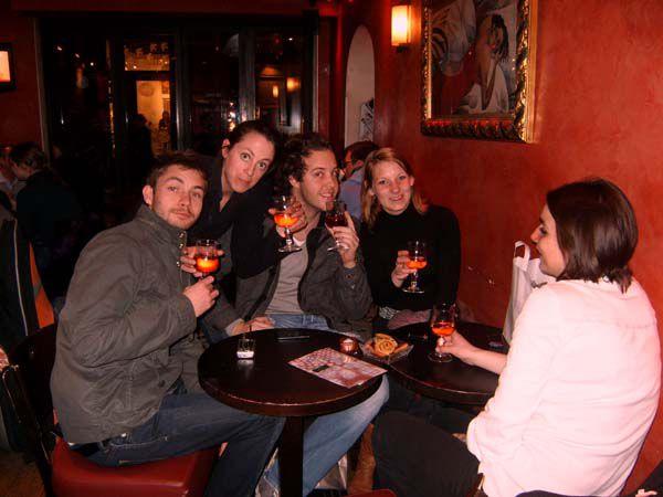 Voici quelques photos de la soirée à l'Okawa Bar!