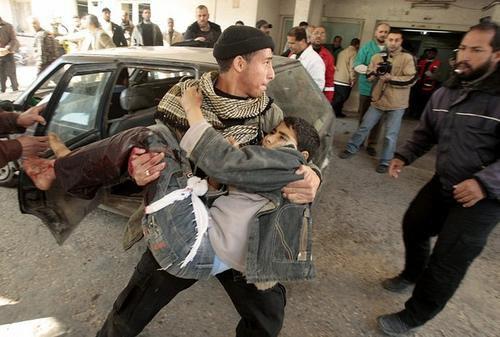 Femmes et enfants cibles privilégiées des lâches soldats israëliens
