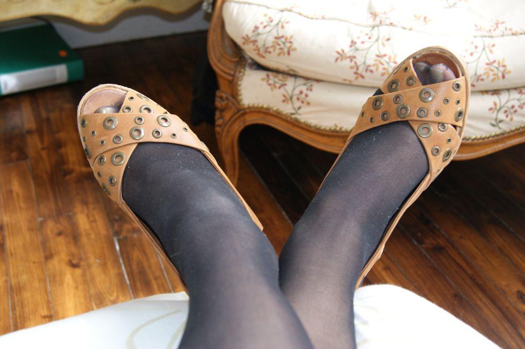 des petites photos qui parle de ma passion numero un : les chaussures (escarpins ou basket...tOuT)