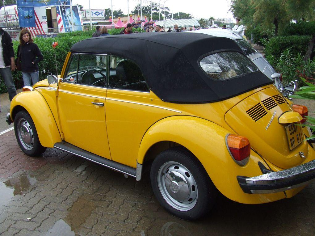 Voixi l'album de la 7ème édition du Classic VW Catalan. Elle se déroulait comme d'habitude à Argelès sur mer (66) et malgré la pluie ce fût une très bonne édition :) L'année prochaine j'y retourne :)