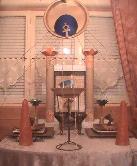 Album - Table-Nefertiti