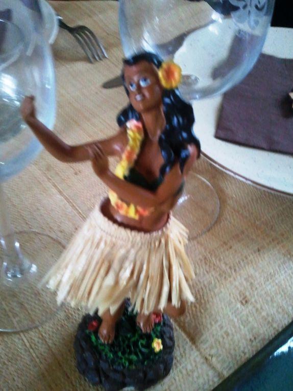Album - Table-polynesienne-improvisee