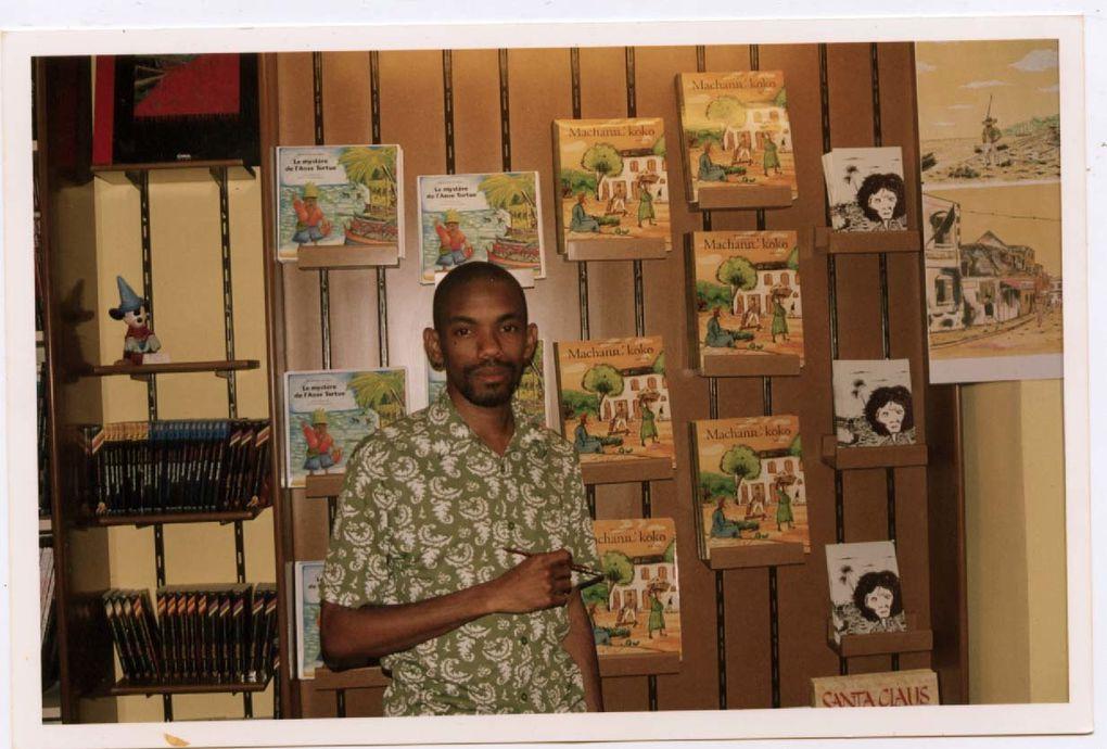 Premier fanzine à 19 ans sous les tropiques (faut le faire !) photocopié sur une machine Canon de l'époque. Rien ne destinait à la suite...