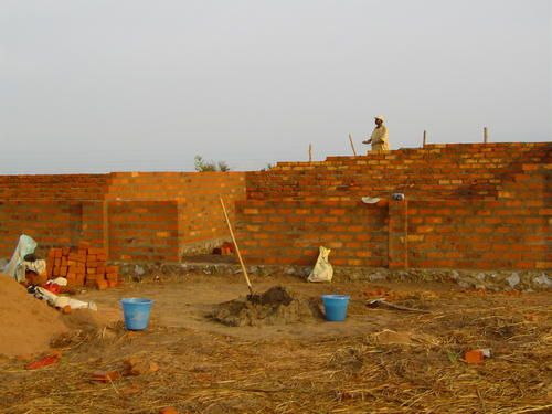 Album - construction de l'école 2004