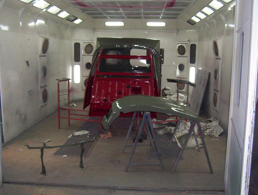 Préparation et passage de la carrosserie en cabine de peinture