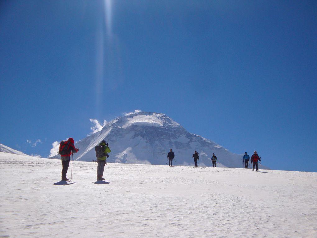 Trois semaines autour de la montagne blanche, avec un groupe Allibert formidable et une équipe locale à nulle autre pareille !
