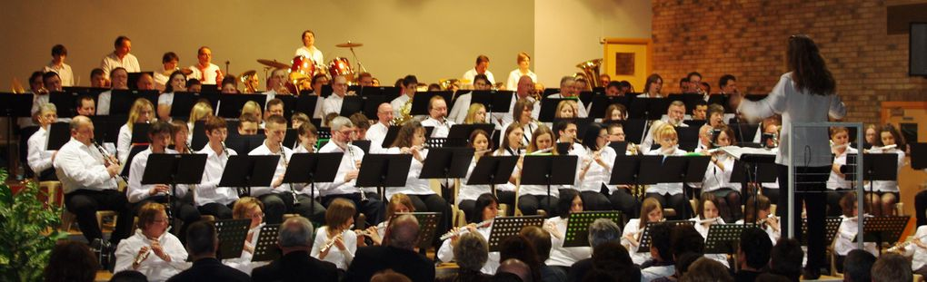 Concert du 4 avril 2009 avec 5 harmonies : Camblain-Châtelain, Cuinchy, Mont-bernanchon/Robech, Verquigneul et Beuvry