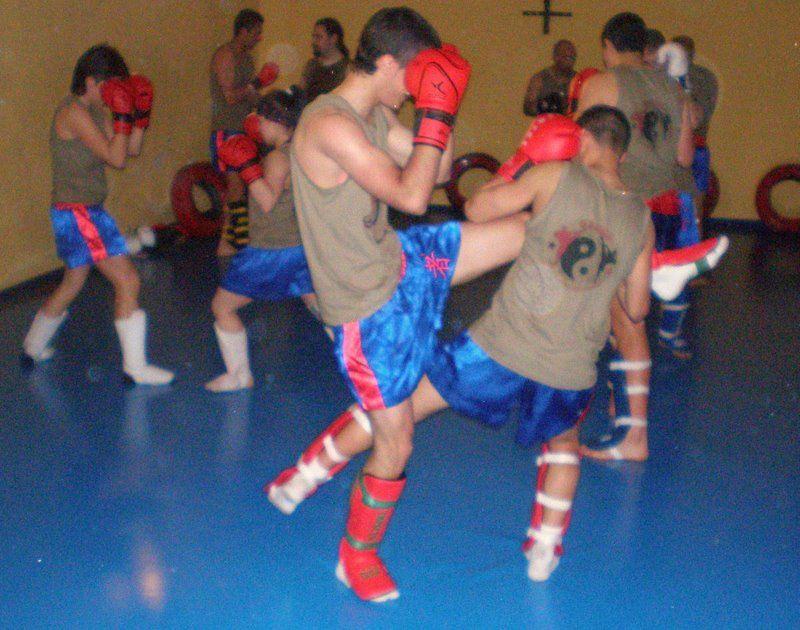 Clases de Wushu Kung Fu Tradicional Shaolin del Sur y Norte.Informate:Tlf&#x3B; 626 992 139 - matrículas abiertas.SANDA Y KUNG FU