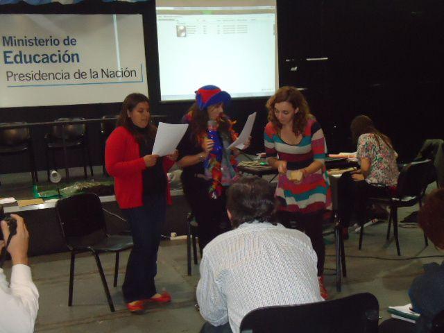 Se realizó el encuentro de experiencias ganadoras del Concurso Huertas y Granjas escolares. Las 6 experiencias educativas solidarias pertenecen a las provincias de Buenos Aires, Entre Ríos, Misiones, Chubut, Tucumán y Chaco. Las mismas intercambia