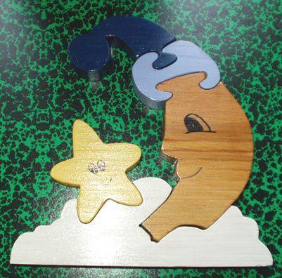 """En bois ou en médium, peints ou lasurés mais tous recouverts d'un vernis """"alimentaire"""" aux normes jouets."""