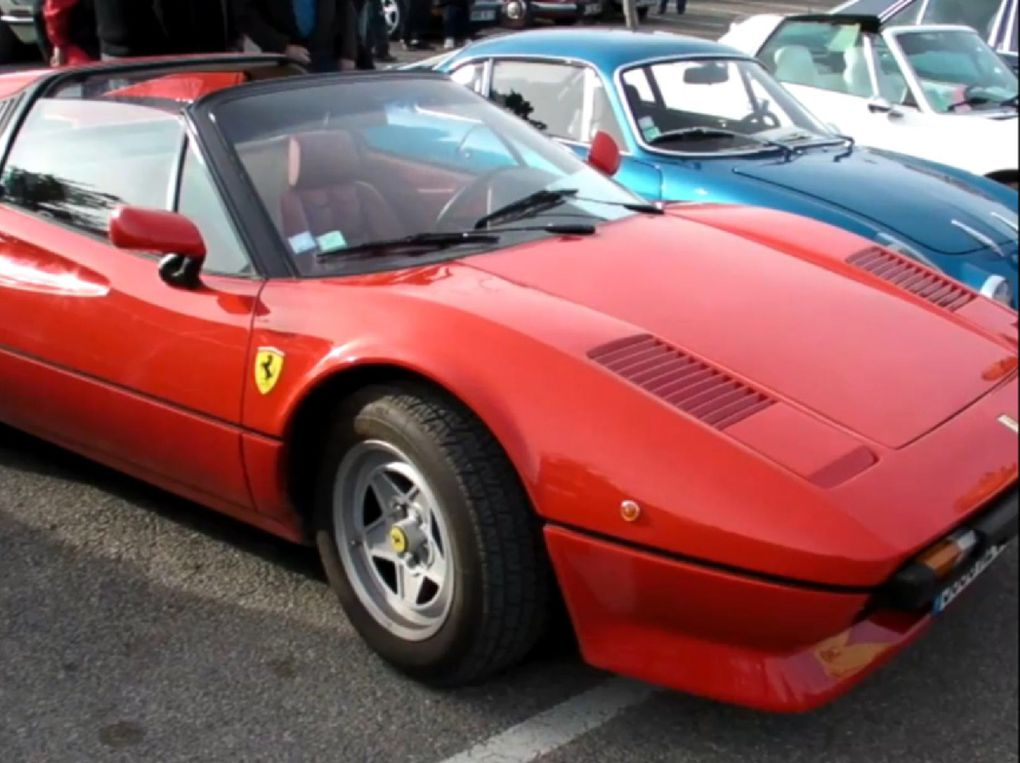 Photos voitures de sport d'occasion fabriquées en Italie. Vues 3/4 avant marques Alfa Roméo, Ferrari, Fiat, Maserati, Lancia. Modèles Montréal V8, 8C Competizione, F430 F1, Testarossa V12, 400i, X 1/9, Sebring, monte carlo, integrale.