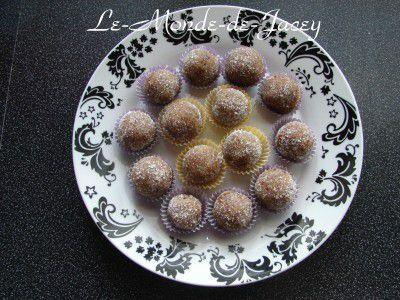 In diesem Fotoalbum findet Ihr die schönsten Fotos von dem leckersten süßen Gebäck. Die kompletten Rezepte gibts es auf meiner HP www.le-monde-de-jacey.de Das ein oder andere Rezept werde ich aber auch hier im Blog vorstellen!